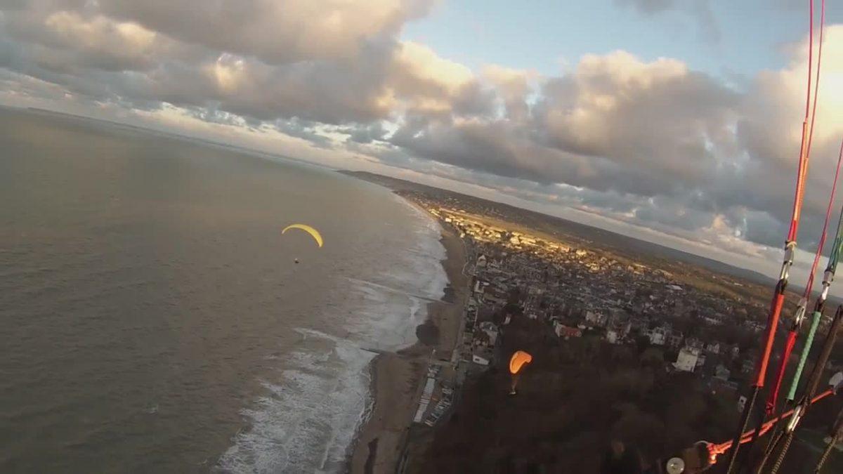 Très belle video de Stephane, pour le dernier vol de l'année !